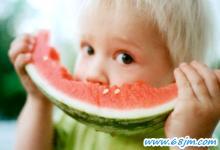梦见小孩吃西瓜