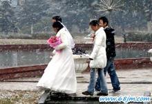梦见下雪天结婚