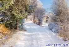 梦见山区下雪